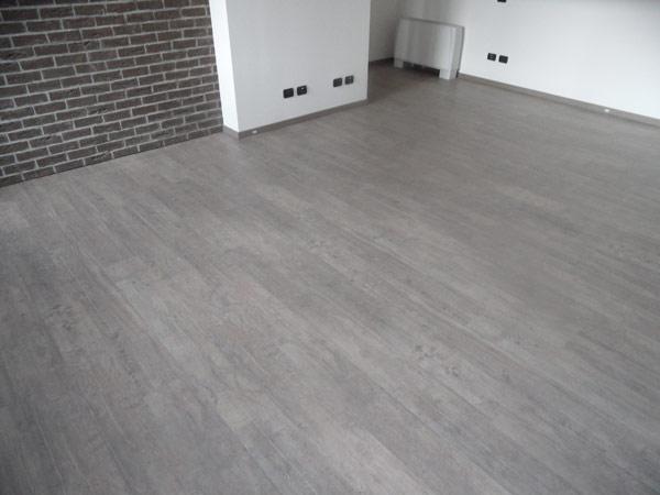Spessore pavimento laminato idea creativa della casa e for Leroy merlin laminato