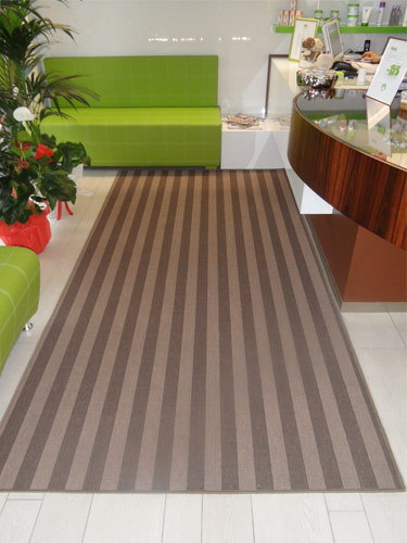 http://www.tmtcantu.it/prodotti/tappeti/moderni/polipropilene1.jpg